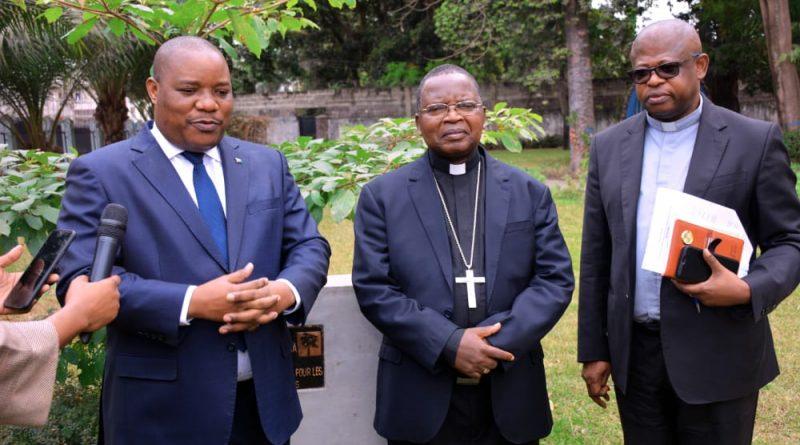 Environnement et Développement Durable: Me Claude NYAMUGABO et Mgr Marcel UTEMBI regardent dans la même direction pour le projet jardins scolaire 1 milliard d'arbres à l'horizon 2023.