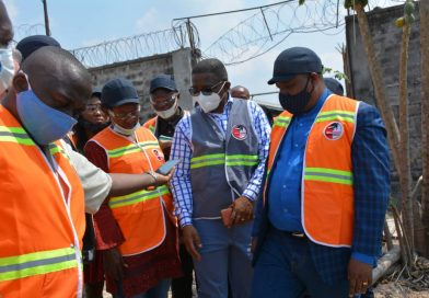 Environnement et développement durable Claude NYAMUGABO intensifie le contrôle et sensibilisation contre la pollution des plans d'eau et l'étend à la Ville de Kinshasa