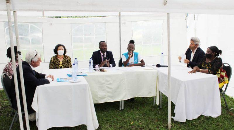 La Vice Ministre du MEDD, Dr Jeanne Ilunga zaina . participé au Panel de Haut Niveau l'occasion du lancement de l'émission Okapi enfants.