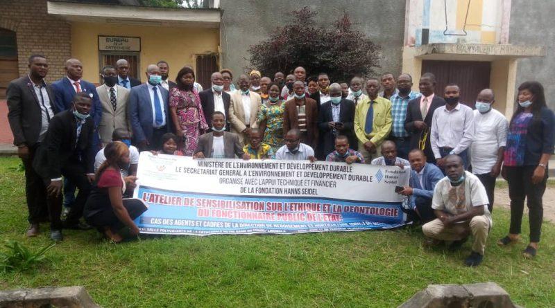 Ministère de l'Environnement et Développement Durable Éthique et déontologie de l'Agent public de l'État Sensibilisation des Agents et Cadres de la Direction de Reboisement et Horticulture (DRHo)