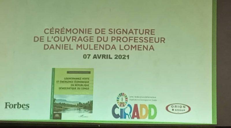 Ministère de l'Enseignement Supérieur et Universitaire Cérémonie de signature de l'ouvrage du Professeur Daniel MULENDA LOMENA