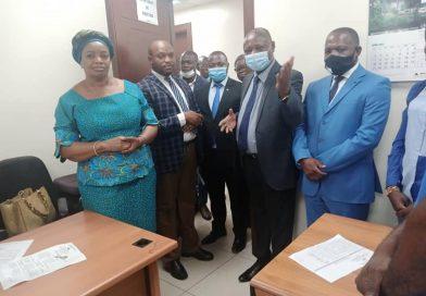 Ministère de l'Environnement et Développement Durable (MEDD) Première visite des Directions par Madame le Vice-Premier Ministre et Ministre Eve BAZAIBA MASUDI
