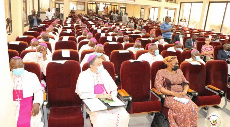 Devant les évêques congolais en session Eve Bazaïba étale la vision du gouvernement sur l'environnement et le développement durable