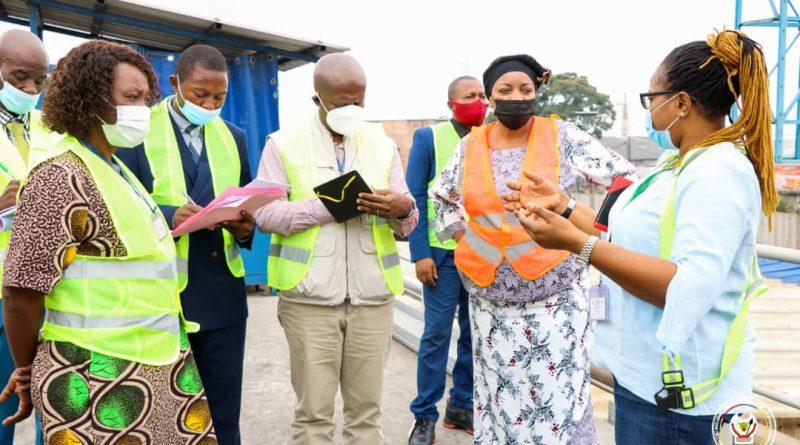 Environnement et Développement Durable Eve Bazaïba palpe du doigt le nouveau programme de Bralima sur la protection de l'environnement