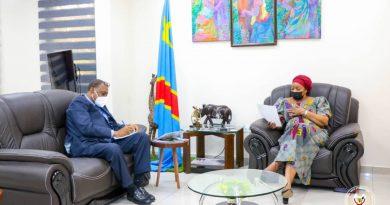 Environnement et développement durable le représentant de l'Unesco salue l'approche culturaliste de l'environnement d'Eve Bazaiba