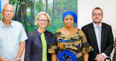 PROTECTION DES FORETS ET DE LA BIODIVERSITE CONGOLAISES EVE BAZAIBA ET BARBARA STEINBRINKER POUR UN PLAN STRATEGIQUE COMMUN ENTRE L'ALLEMAGNE ET LA RDC